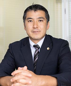 金井弁護士写真